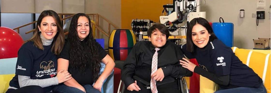 Imagen de Uriel y su mamá con talento de Despierta América.