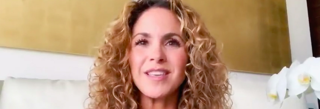 Photograph of Mexican singer Lucero during an interview